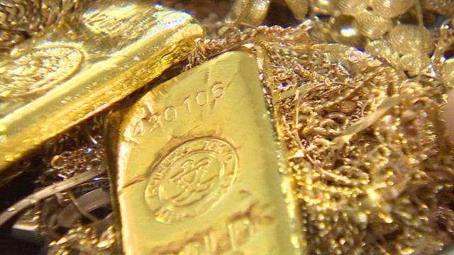 As the U.S. economy recovers and the Eurozone debt crisis recedes, gold has lost its glitter as investors pull out of the traditional safe-haven precious metal.