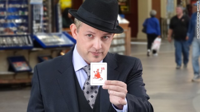 """Apollo Robbins manipulates people with card tricks by managing their attention in the show """"Brain Games."""""""