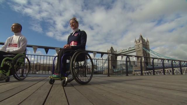 UK wheelchair marathoner_00015929.jpg
