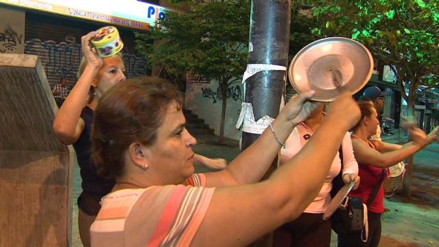 Venezuela's casserole street protest