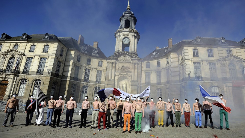The group Hommen gathers in Rennes to protest the bill on Saturday.