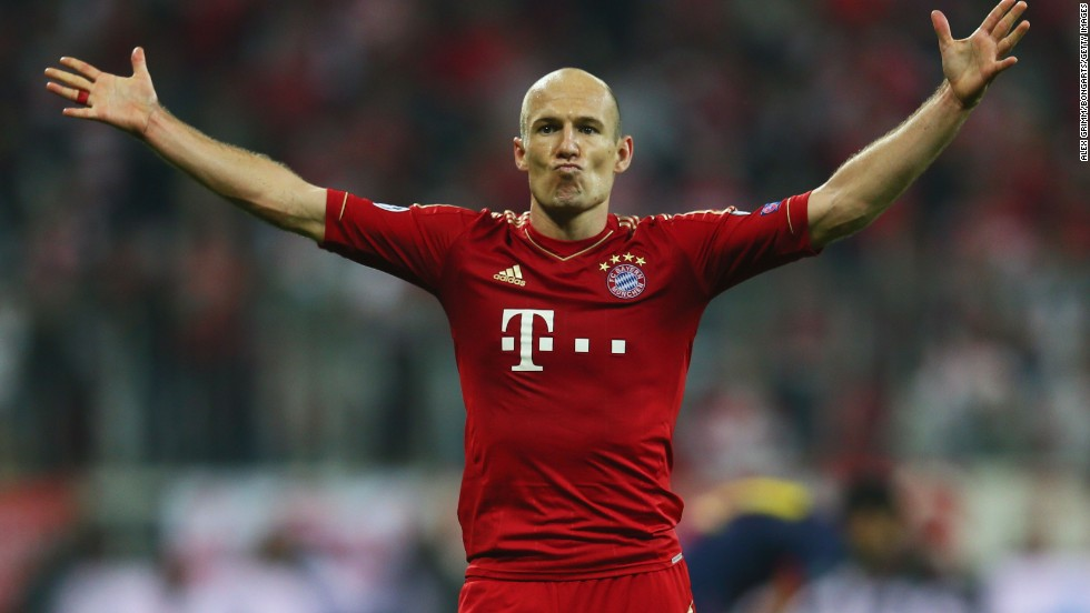Robben added Bayern's third with 17 minutes remaining with a neat finish, despite teammate Muller clearly fouling Alba in the build up to the goal. Muller sent Alba sprawling as Robben went through on goal, but the effort was allowed to stand.