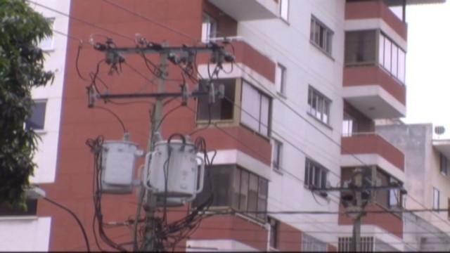 cnnee hernandez venezuela politics of electricity_00004502.jpg