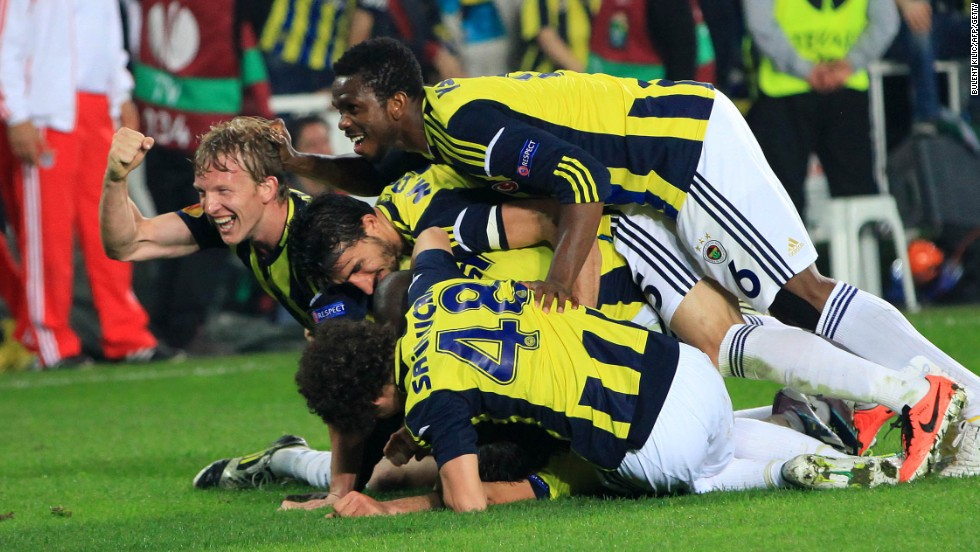 Fenerbahce join fellow Turkish side Galatatsaray in the top 20, making it the first time since 2005/06 that two clubs outside the recognized top five in Europe -- Spain, Italy, Germany, England and France -- have appeared. Their revenue grew to $171.2 million.