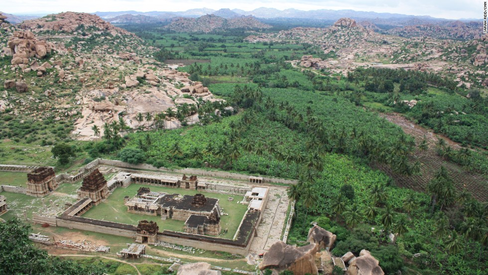 Located between emerald banana plantations in eastern Karnataka, the enormous group of monuments that comprise the former capital of the last great Hindu kingdom of Vijayanagara date to the 14th century.