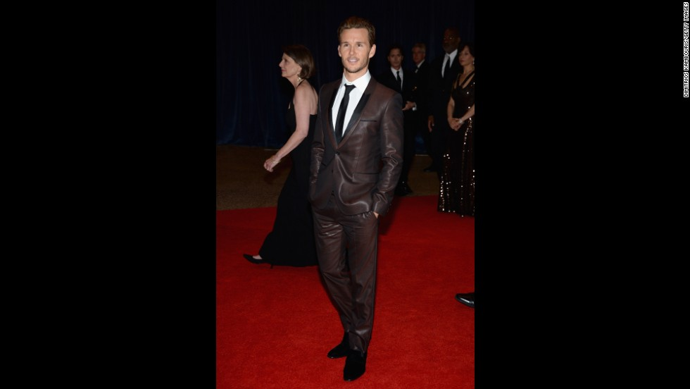 "Actor Ryan Kwanten, from ""True Blood,"" makes his way down the red carpet."