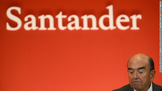 CEO of Santander bank Emilio Botin gives a speech during the presentation of the 2012 results on January 31, 2013 in Boadilla del Monte.