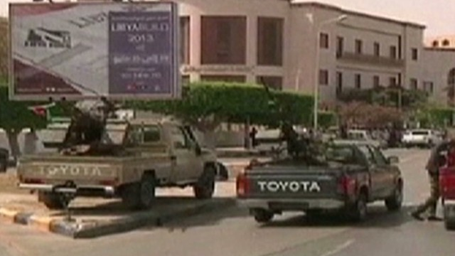Gunmen seek to oust Gadhafi loyalists