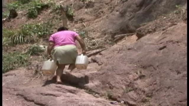 cnnee sandoval honduras poverty report_00020814.jpg
