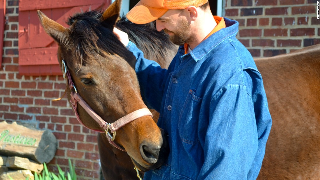 """At the <a href=""""http://jamesriverhorses.com/"""" target=""""_blank"""">James River Chapter </a>of the Thoroughbred Retirement Foundation, ex-racehorses team up with men at a local correctional facility. In only a month, Ace of Hearts and James, who takes care of her, already had a strong bond, according to the chapter's president, Anne Tucker."""