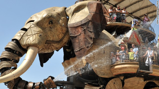 Giant Mechanical Animals Stalk French Theme Park CNN