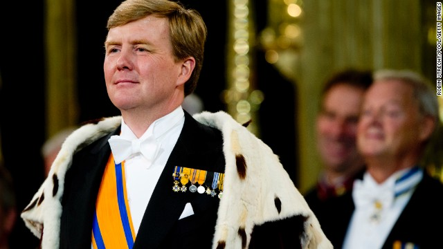 King Willem Alexander stands during the inauguration ceremony.