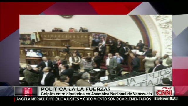 cnnee concl venezuela video deputies attacked_00011612.jpg