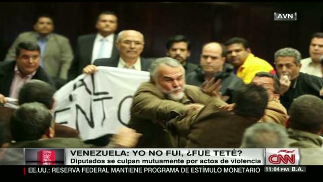 cnnee video venezueal deputies accuse each other for fight_00010911.jpg