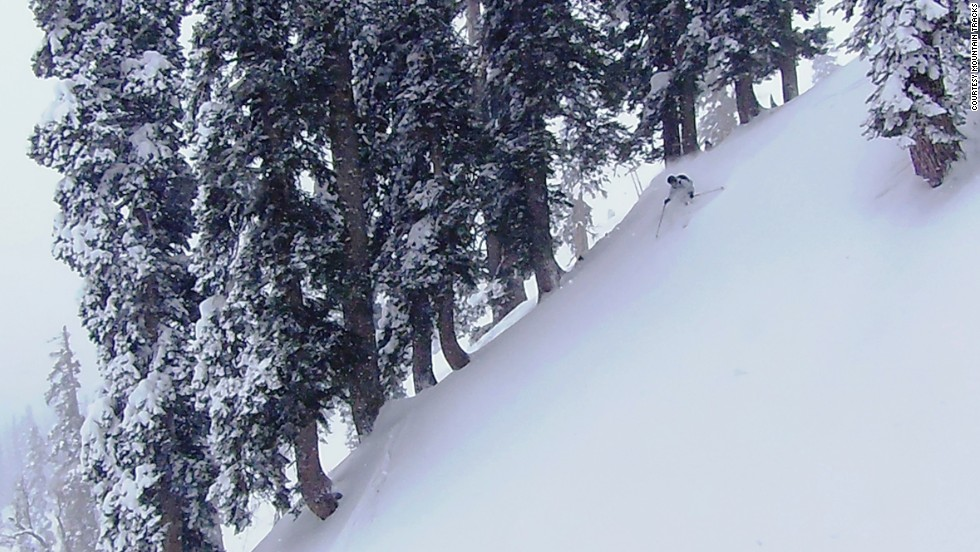 Despite its reputation, intermittent bouts of violent protest and a large military presence, around 20,000 foreign tourists -- and upward of 500,000 Indians -- visit Kashmir's Heavenly Valley each year. Gulmarg is the only ski resort in the Greater Himalayas.
