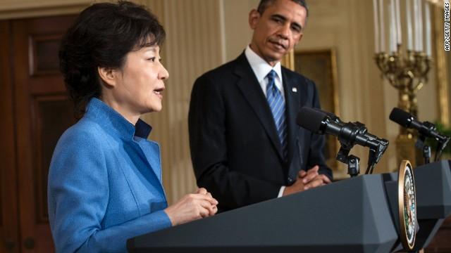 Scandal mars South Korean president's visit