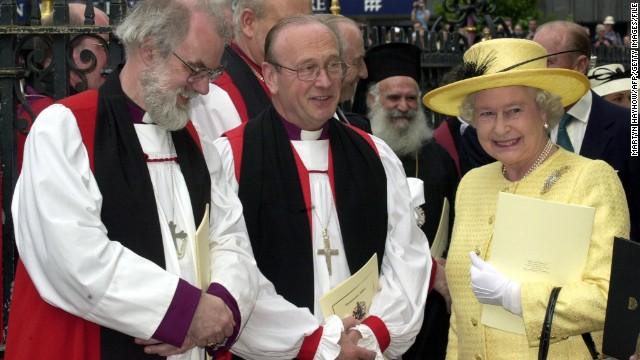 (File) Archbishop of York David Hope (C) pictured with the queen and  Archbishop of Canterbury Rowan Williams (L) in 2003.