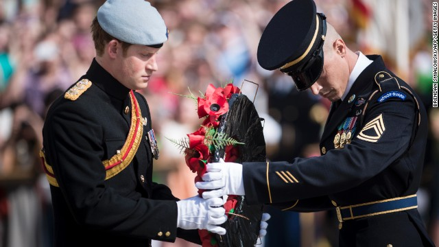 Prince Harry visits Arlington Cemetery