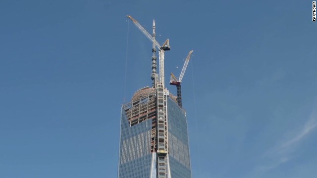 Time-lapse of One WTC spire installation