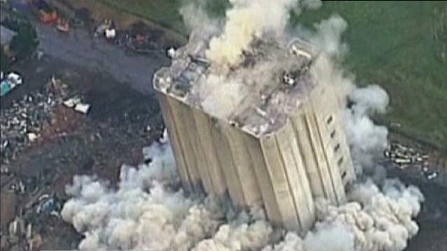 intl australia failed building implosion_00001009.jpg