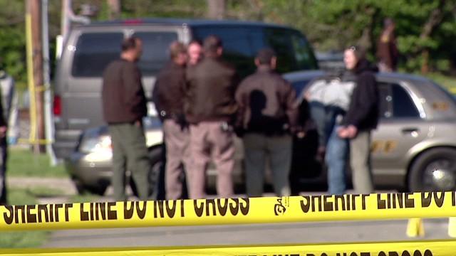 dnt neighbors react to quadruple homicide wish_00000118.jpg