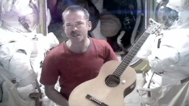 tsr pkg moos astronauts space video _00002528.jpg