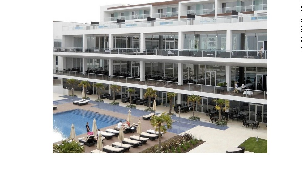 "The <a href=""http://www.yellowhotels.pt/yellows/lagosmeiapraia/en/hotel-overview.html"" target=""_blank"">Yellow Lagos Meia Praia Hotel</a> overlooks Meia Praia beach in Lagos, Portugal."