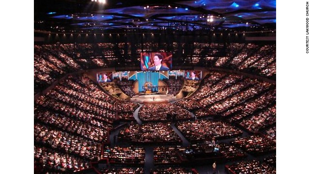 Sunday morning at Joel's place in Houston (Lakewood Church).
