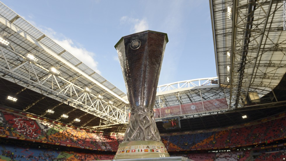 The Europa League trophy -- that's what it was all about for Benfica and Chelsea as they went head to head at the Amsterdam Arena.
