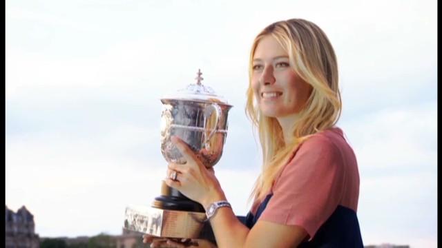Sharapova prepares for Roland Garros