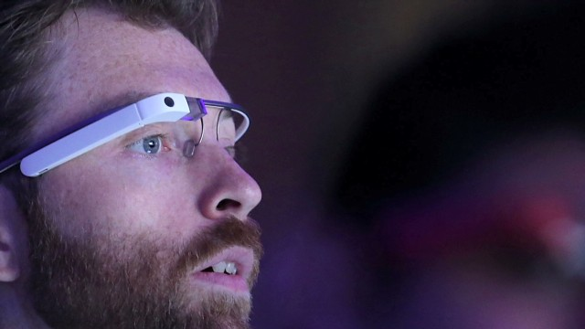dnt vegas businesses seek to ban google glasses_00001313.jpg