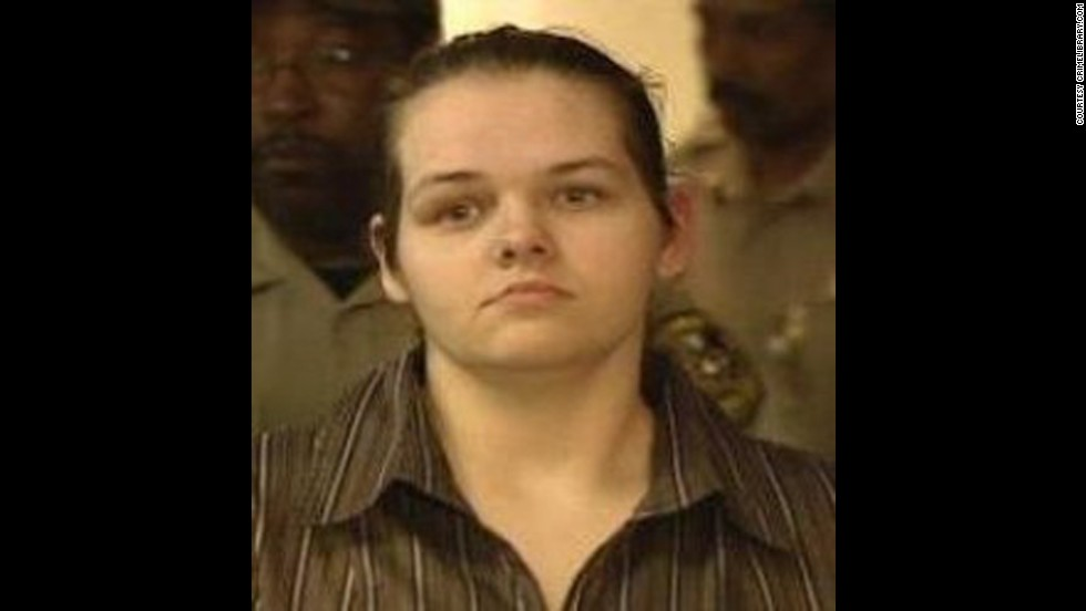 Brandy Holmes was 23 when she robbed and murdered a 70-year-old man in Blanchard, Louisiana, on January 1, 2003. She was sentenced on February 21, 2006.
