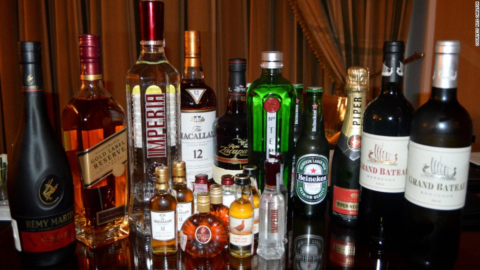 There's nothing mini about the Ritz-Carlton minibar in the Russian capital, Moscow. Thirsty guests in the resorts Carlton and Executive suites can treat themselves to an extensive selection of classy alcoholic beverages from around the globe.