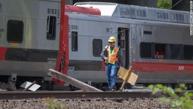 Train derailment delays service
