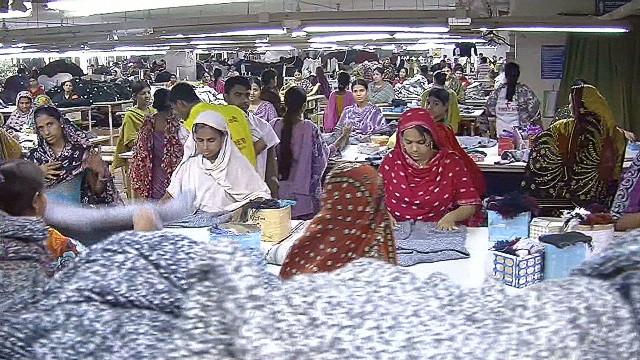 intl bangladesh garment trade lakhani pkg_00021321.jpg