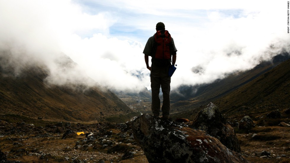 Peru's most popular attractions are high in the mountains. How is a lowlander to prepare? The easiest method is drink lots of water, get plenty of sleep and ease off the booze.