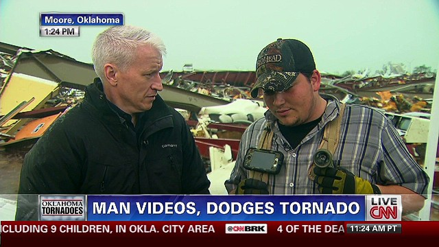 Man videos and dodges tornado