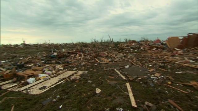 exp hm tornado cleanup_00000201.jpg