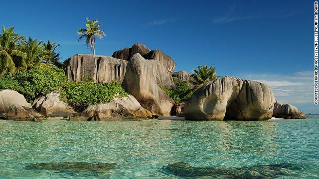 4. Anse Source d'Argent, La Digue, Seychelles