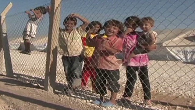 intv amnesty refugees shetty_00014330.jpg
