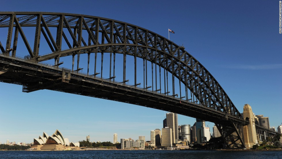 Sydney Harbor Bridge, Sydney.