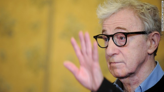 Fmr. teen girlfriend defends Woody Allen
