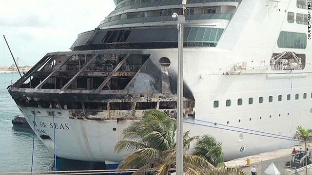 Passenger records cruise ship emergency