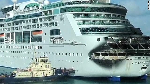 tsr dnt mcpike cruise ship passengers come home_00012030.jpg