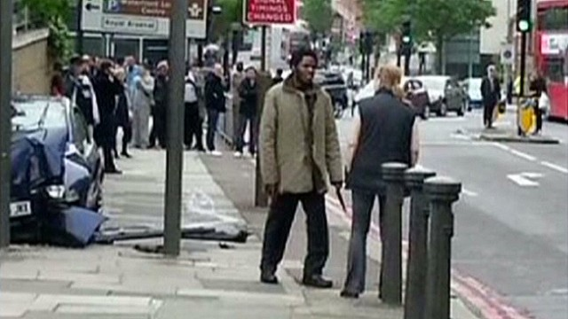 ctw intv woman who confronted london terror suspects_00001417.jpg