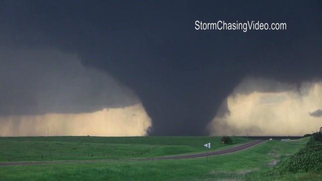 See ominous Kansas tornado