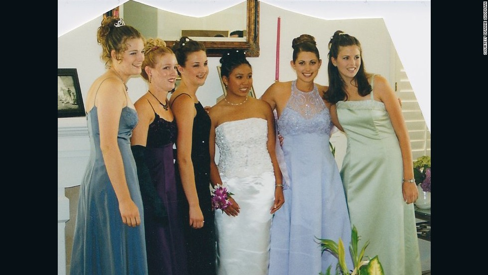 "2000: <a href=""http://ireport.cnn.com/docs/DOC-605993"">Deanne Goodman</a>, in lavender, still really likes her dress, even though she says it's outdated by more than a decade. The friendships with those in the picture haven't faded away either."
