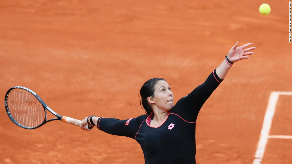 Bartoli, who never had professional coaching, also developed a distinctive serving style. She reached the semifinals on the red clay of Roland Garros at the 2011 French Open.