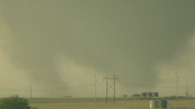 New tornado takes aim at Moore, Oklahoma