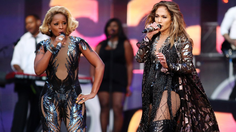 Mary J. Blige and Jennifer Lopez perform. Ticket holders were given a unique code that allowed them direct their ticket purchase to a project of their choice.